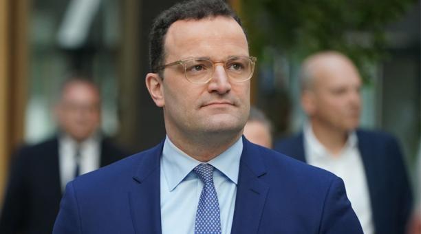Ministro de Salud alemán da positivo por coronavirus | Al Mayadeen Español