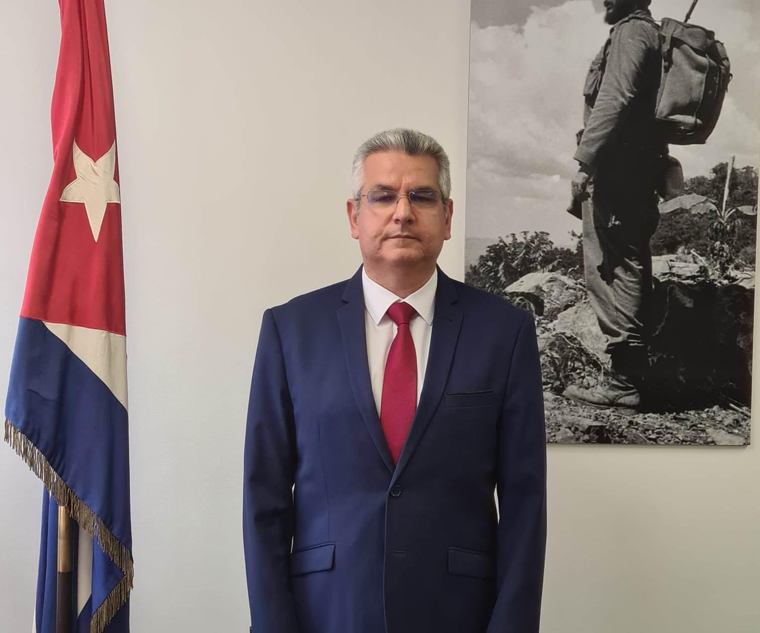 """Embajador cubano en París: """"Lo ocurrido anoche en nuestra misión es un capítulo más en la promoción del terrorismo contra nuestro país"""""""